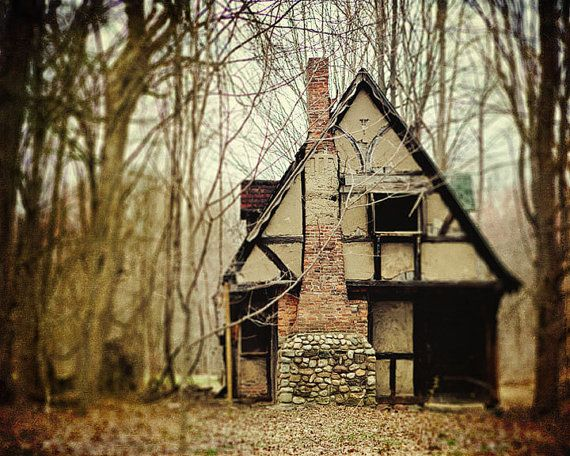 Ma {A Story About Houses}